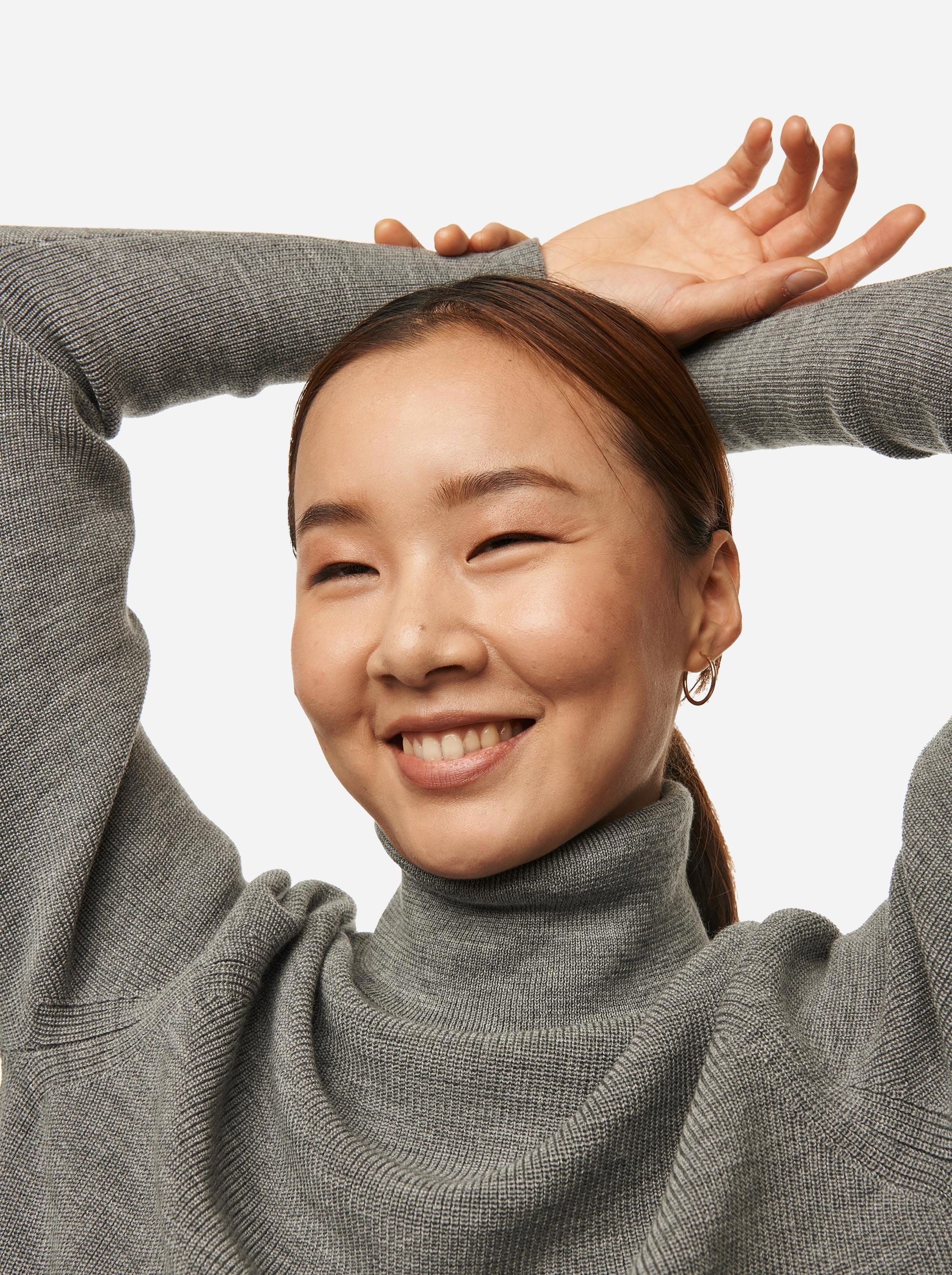 Teym---Turtleneck---The-Merino-Sweater---Women---Grey---4