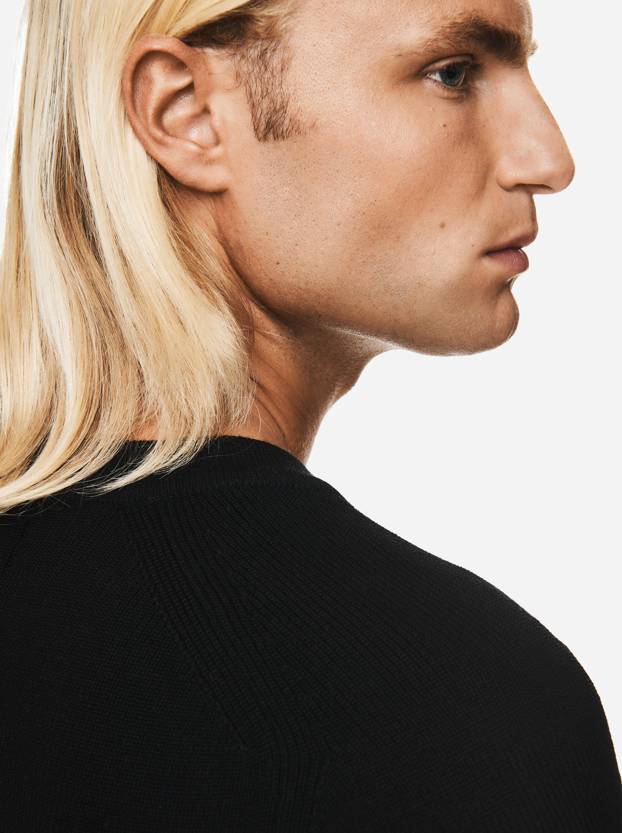 Teym - V-Neck - The Merino Sweater - Men - Black - 1