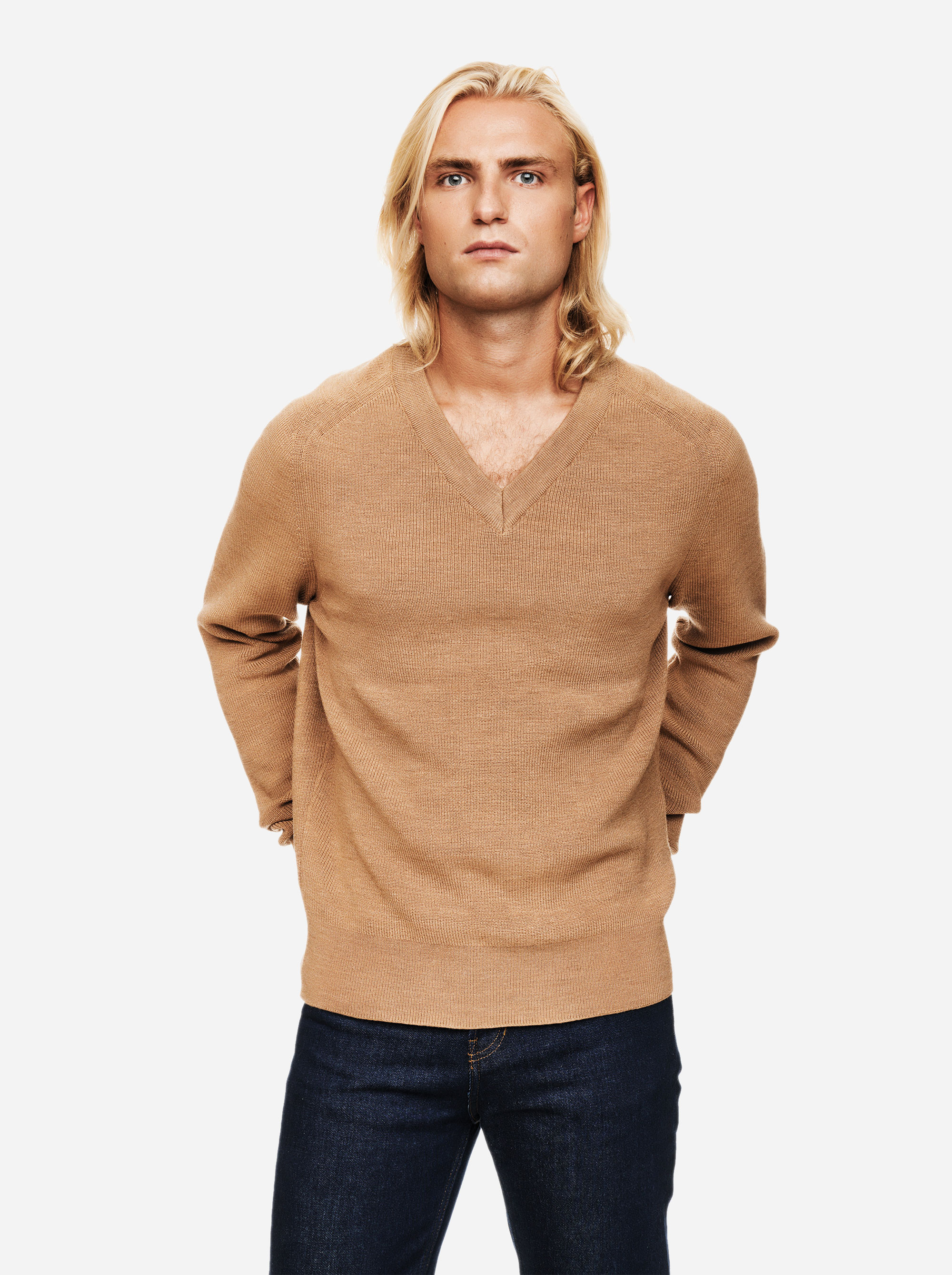 Teym - V-Neck - The Merino Sweater - Men - Camel - 3