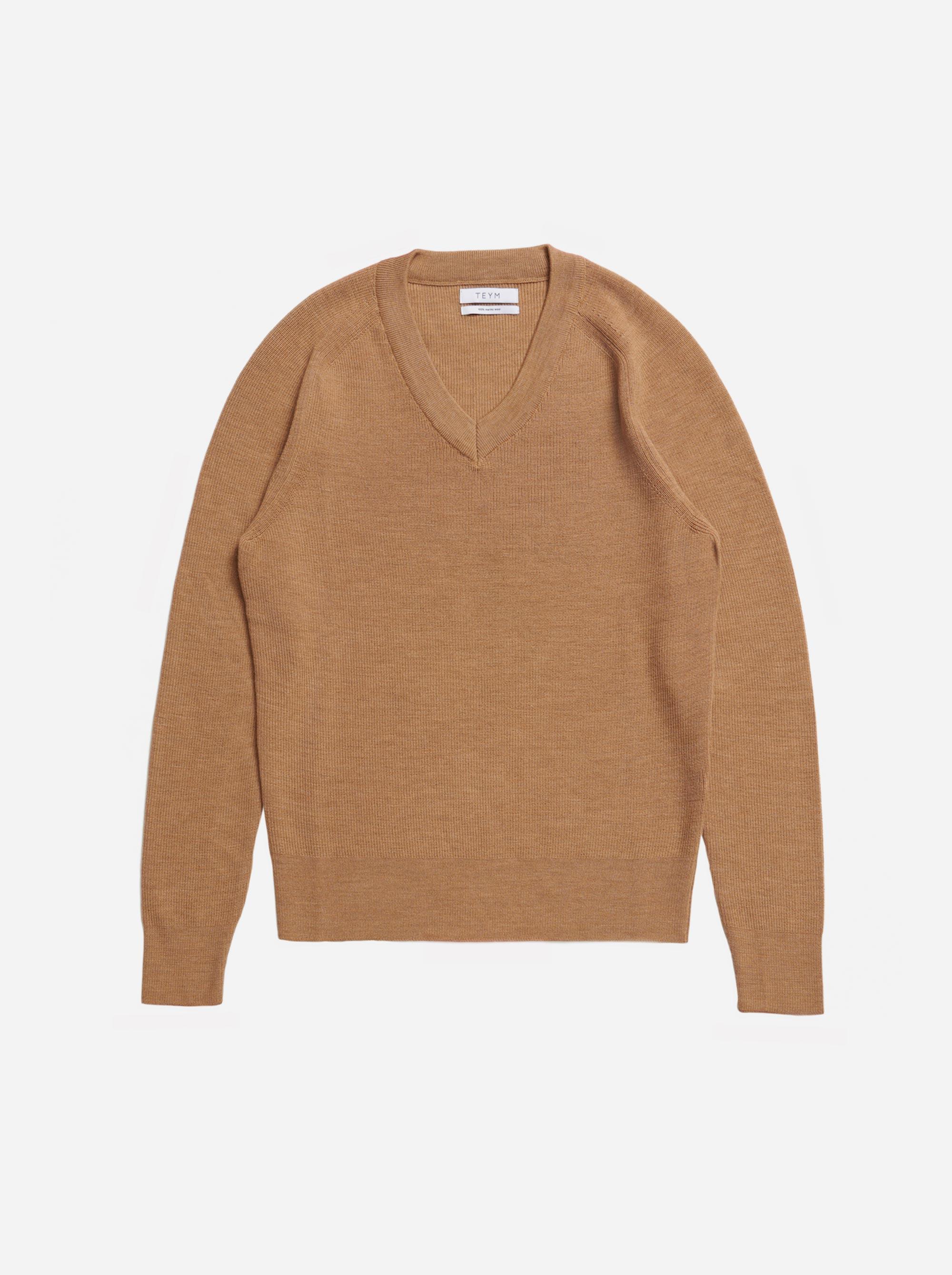 Teym - V-Neck - The Merino Sweater - Men - Camel - 4