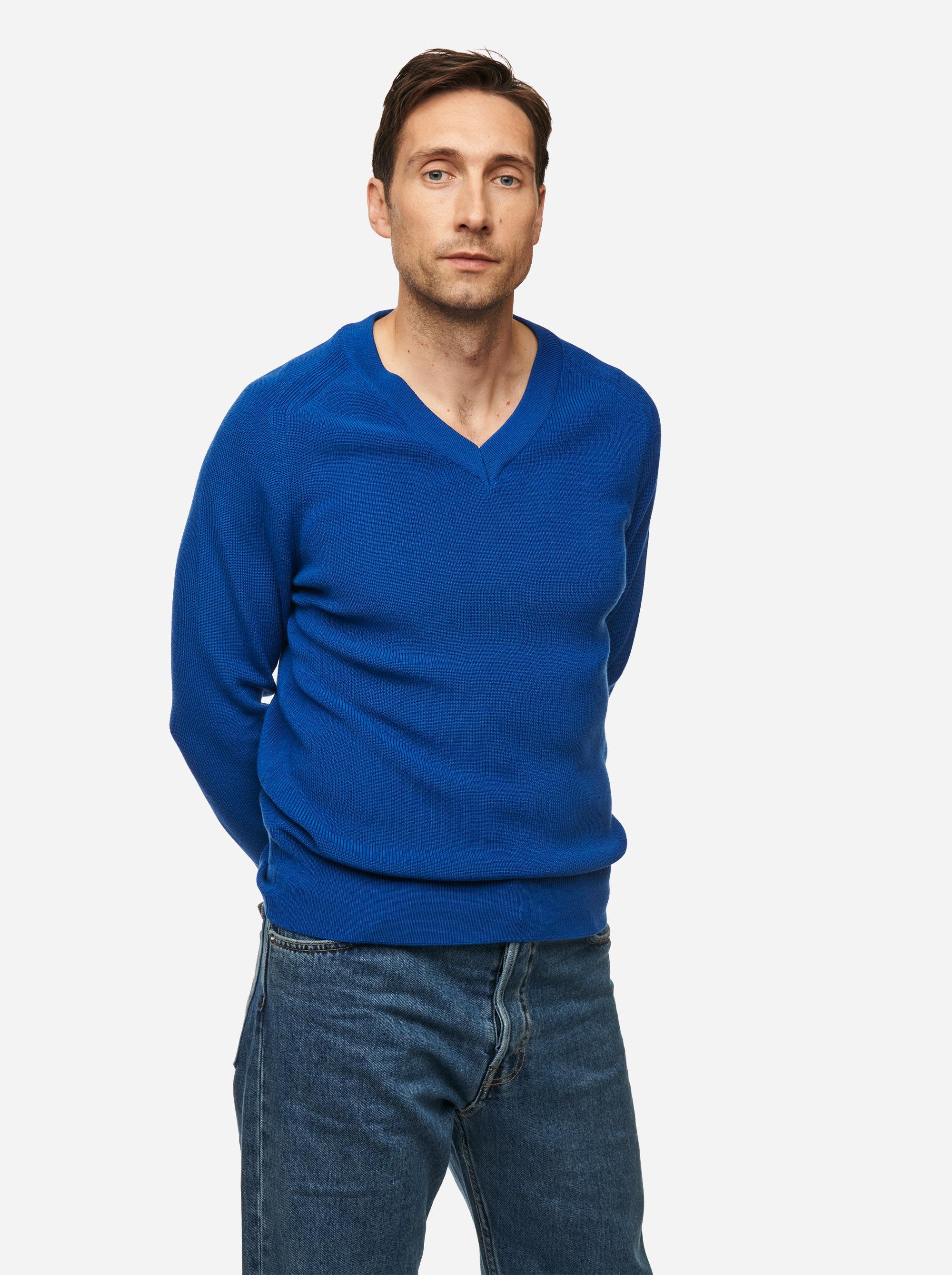 Teym - V-Neck - The Merino Sweater - Men - Cobalt blue - 1