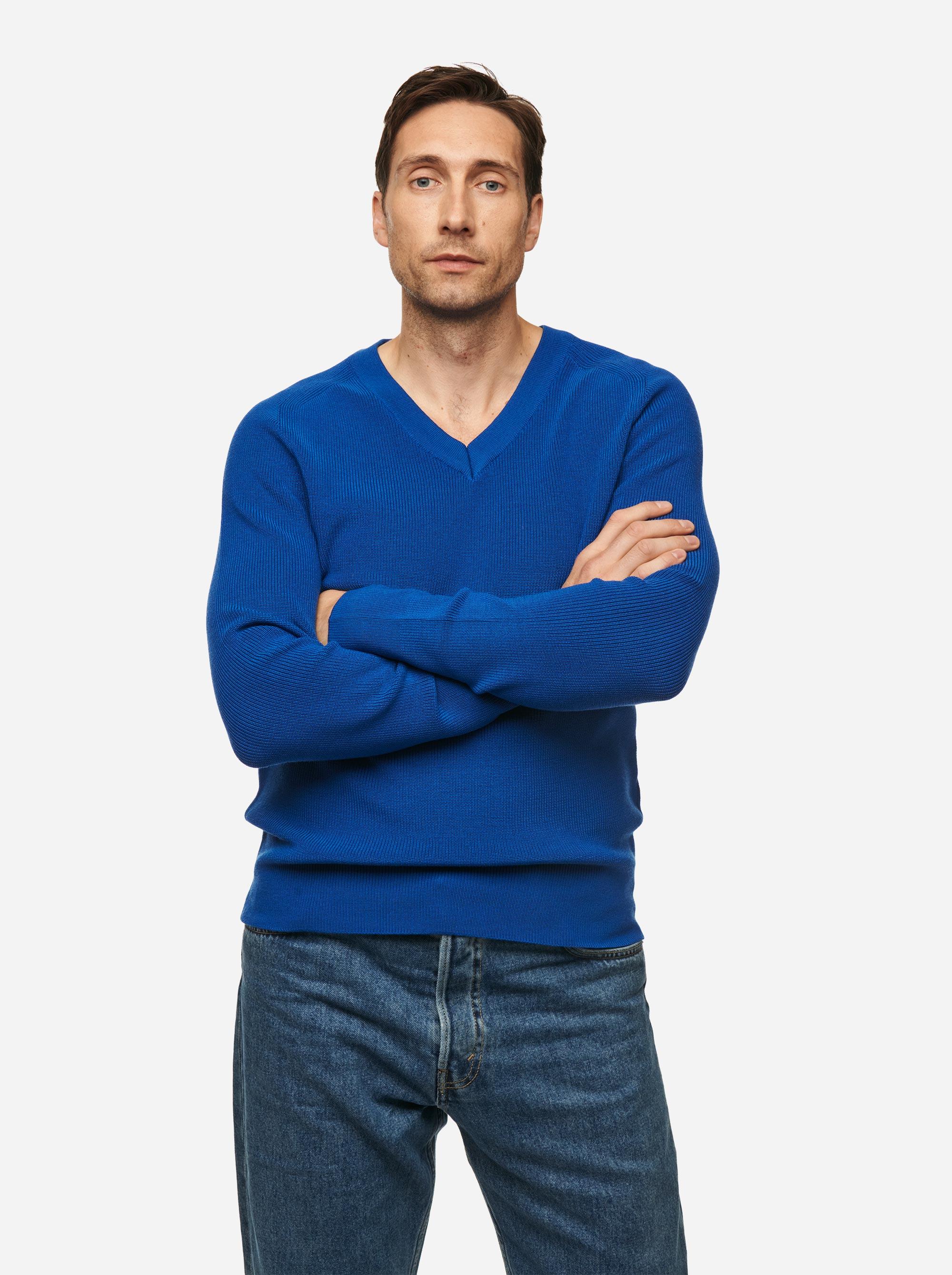 Teym - V-Neck - The Merino Sweater - Men - Cobalt blue - 2