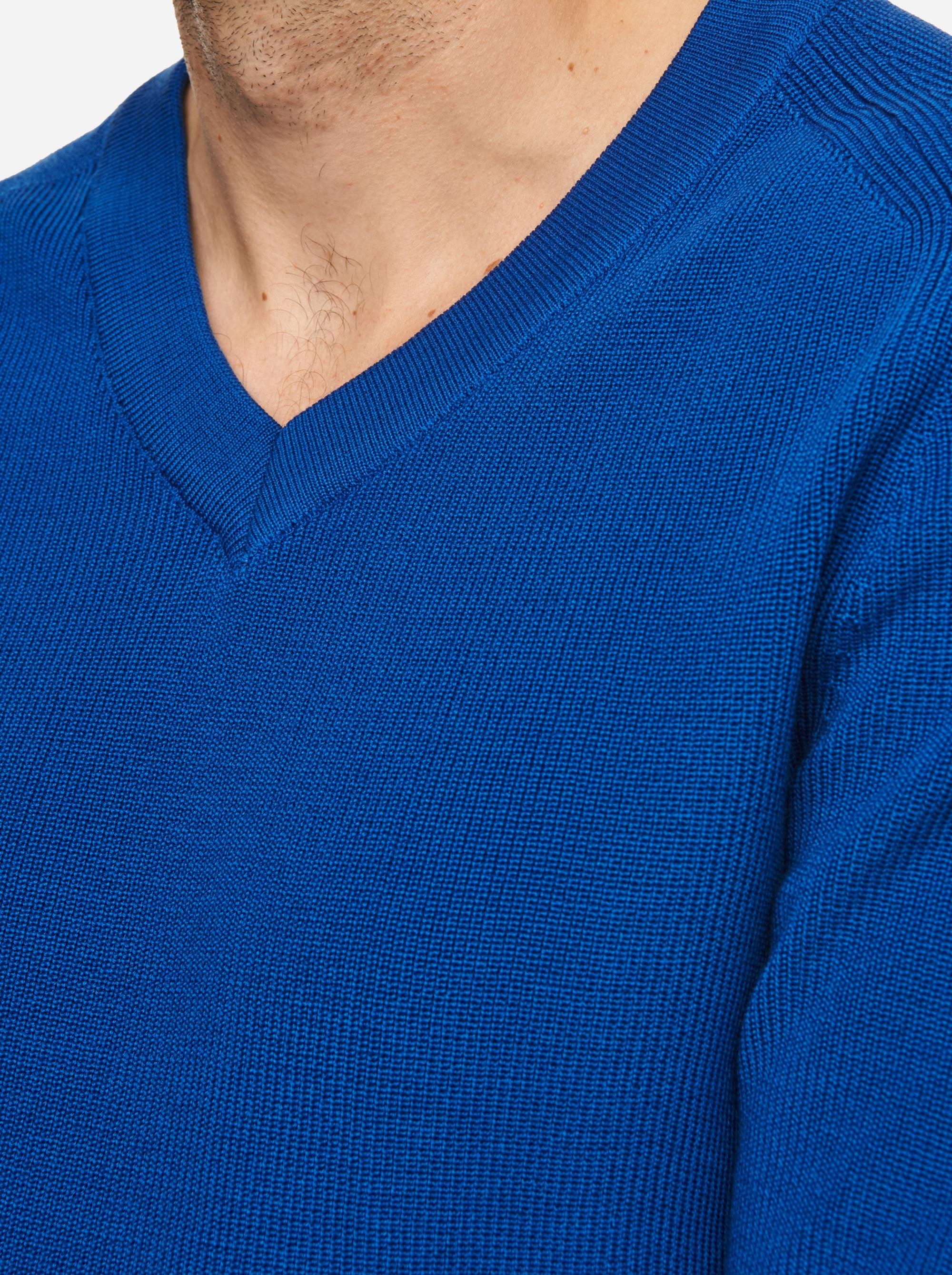 Teym - V-Neck - The Merino Sweater - Men - Cobalt blue - 3
