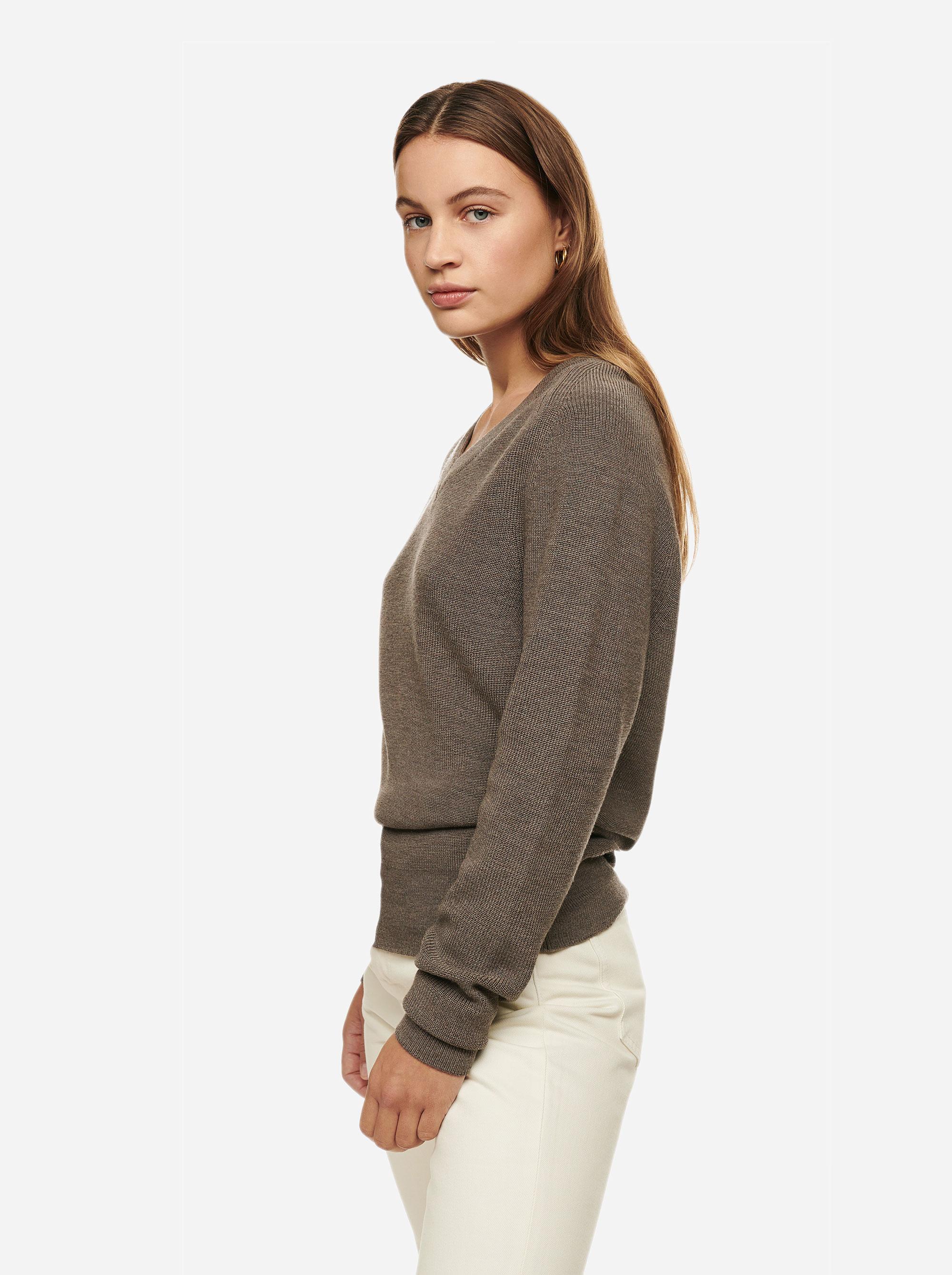 Teym - V-Neck - The Merino Sweater - Women - Grey - 3